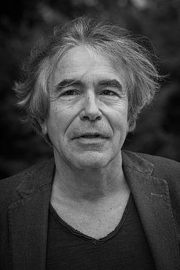 https://commons.wikimedia.org/wiki/File:François_Jullien_par_Claude_Truong-Ngoc_octobre_2013.jpg