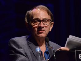 https://commons.wikimedia.org/wiki/File:Michel_Houellebecq_no_Fronteiras_do_Pensamento_Porto_Alegre_2016_(30895029365).jpg