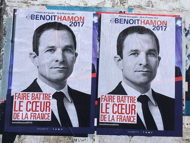 https://commons.wikimedia.org/wiki/File:Affiches_Benoit_Hamon_recouvre_Fillon.jpg