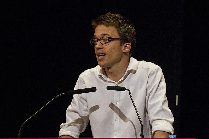 https://commons.wikimedia.org/wiki/File:Íñigo_Errejón_en_Argentina_en_2015_2.jpg