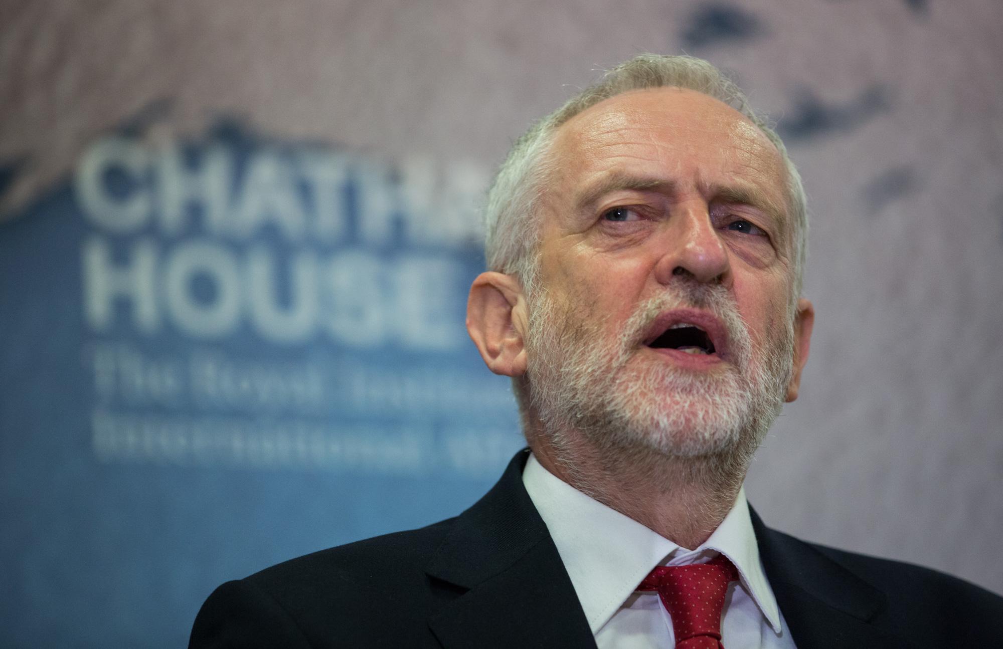 Royaume-Uni : Corbyn joue quitte ou double le 8 Juin