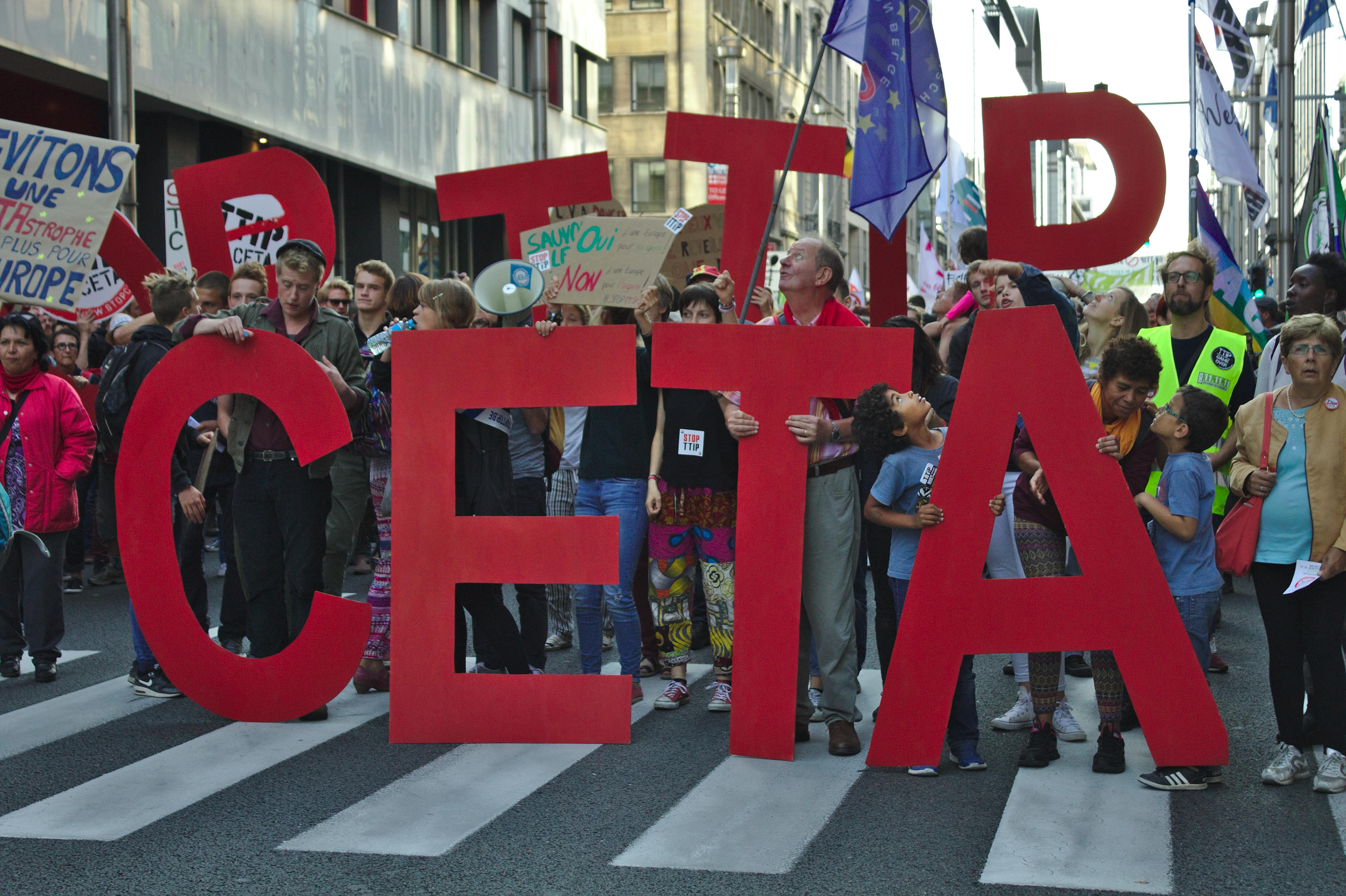 Le CETA : un «coup d'Etat démocratique» qui signe l'arrêt de mort de la COP 21