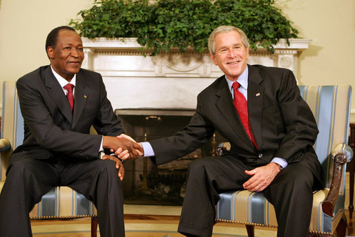 https://commons.wikimedia.org/wiki/File:Blaise_Compaore_with_George_Bush_July_16,_2008.jpg