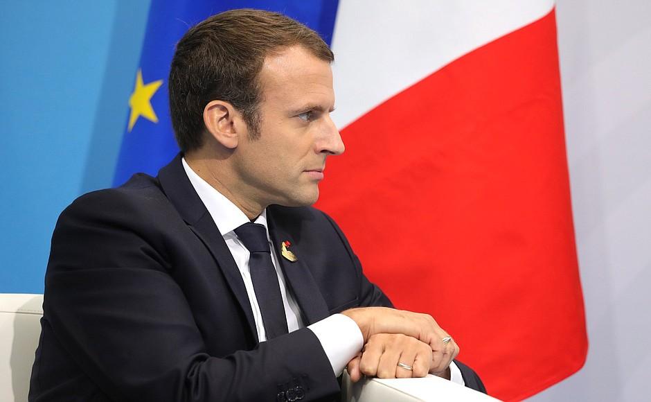 Macron faiseur de mythes : ce que nous dit la fable des « premiers de cordée »