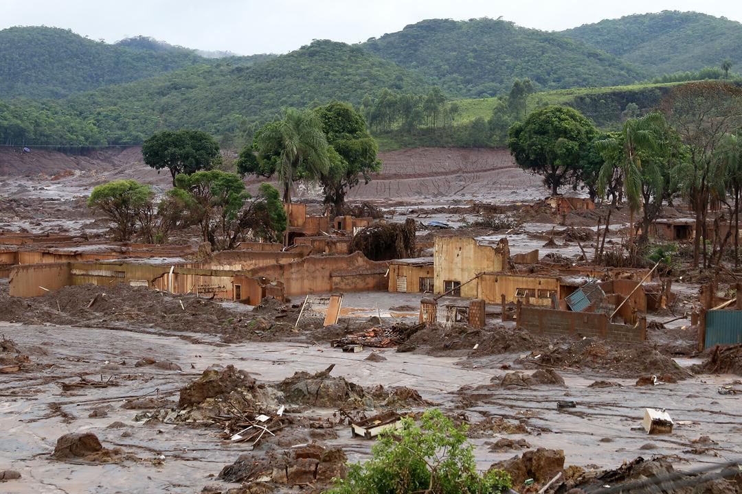 Brésil : le triste anniversaire de la catastrophe de Samarco