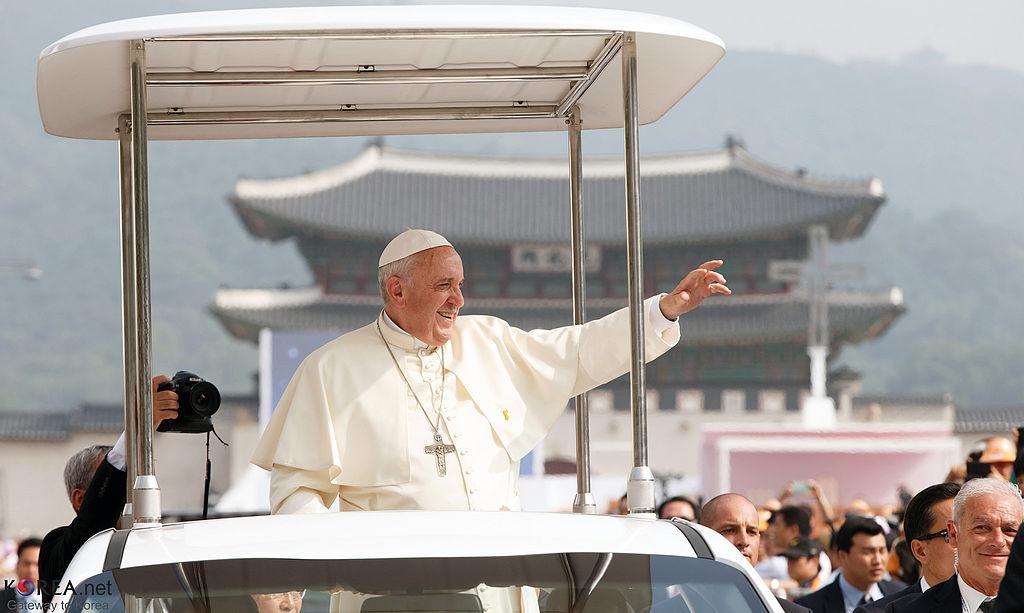 François, Pie XIII, les Catholiques et nous