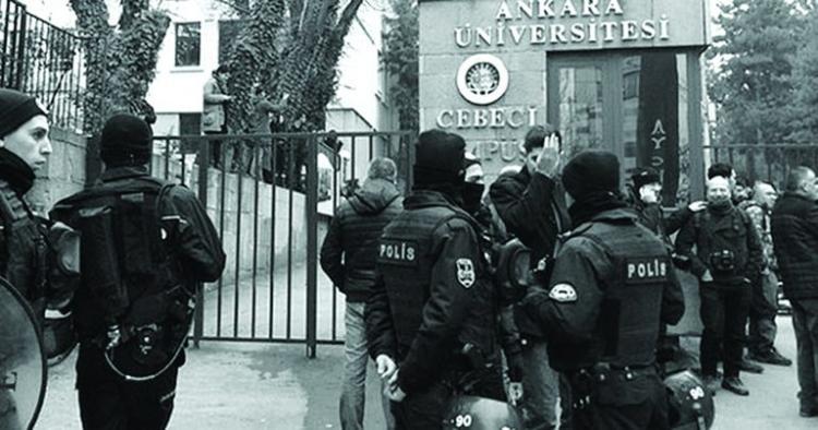 Purge universitaire en Turquie : les professeurs dans le viseur judiciaire