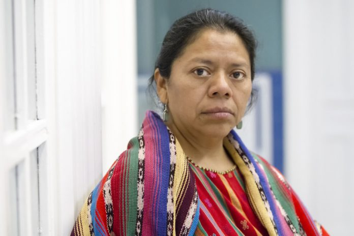 http://ctxt.es/es/20171220/Politica/16773/Guatemala-Gorka-Castillo-Sarajov-Florentino-Pérez.htm
