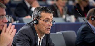 https://commons.wikimedia.org/wiki/File:%C3%89douard_Martin_Parlement_europ%C3%A9en_Strasbourg_1er_juillet_2014_02.jpg