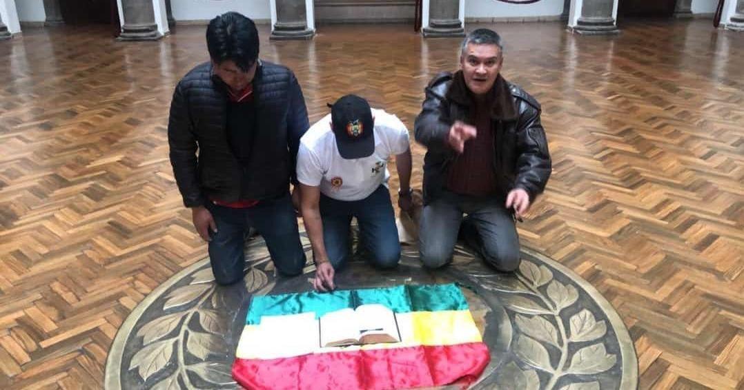 http://utero.pe/2019/11/11/3-pasos-sencillos-que-explican-todo-lo-que-esta-pasando-en-bolivia/