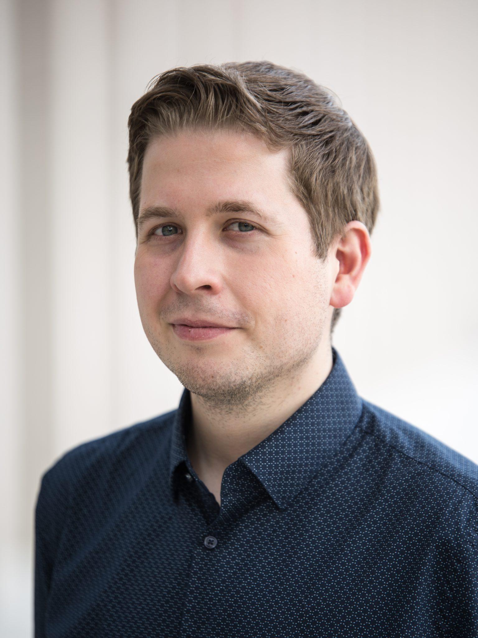 https://commons.wikimedia.org/wiki/File:MJK_19475_Kevin_K%C3%BChnert_(SPD-Bundesparteitag_2018).jpg?uselang=de