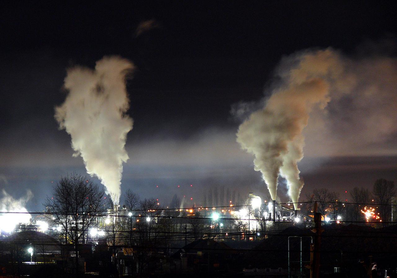 https://fr.wikipedia.org/wiki/Fichier:Heavy_night_industrial_light_pollution.jpg