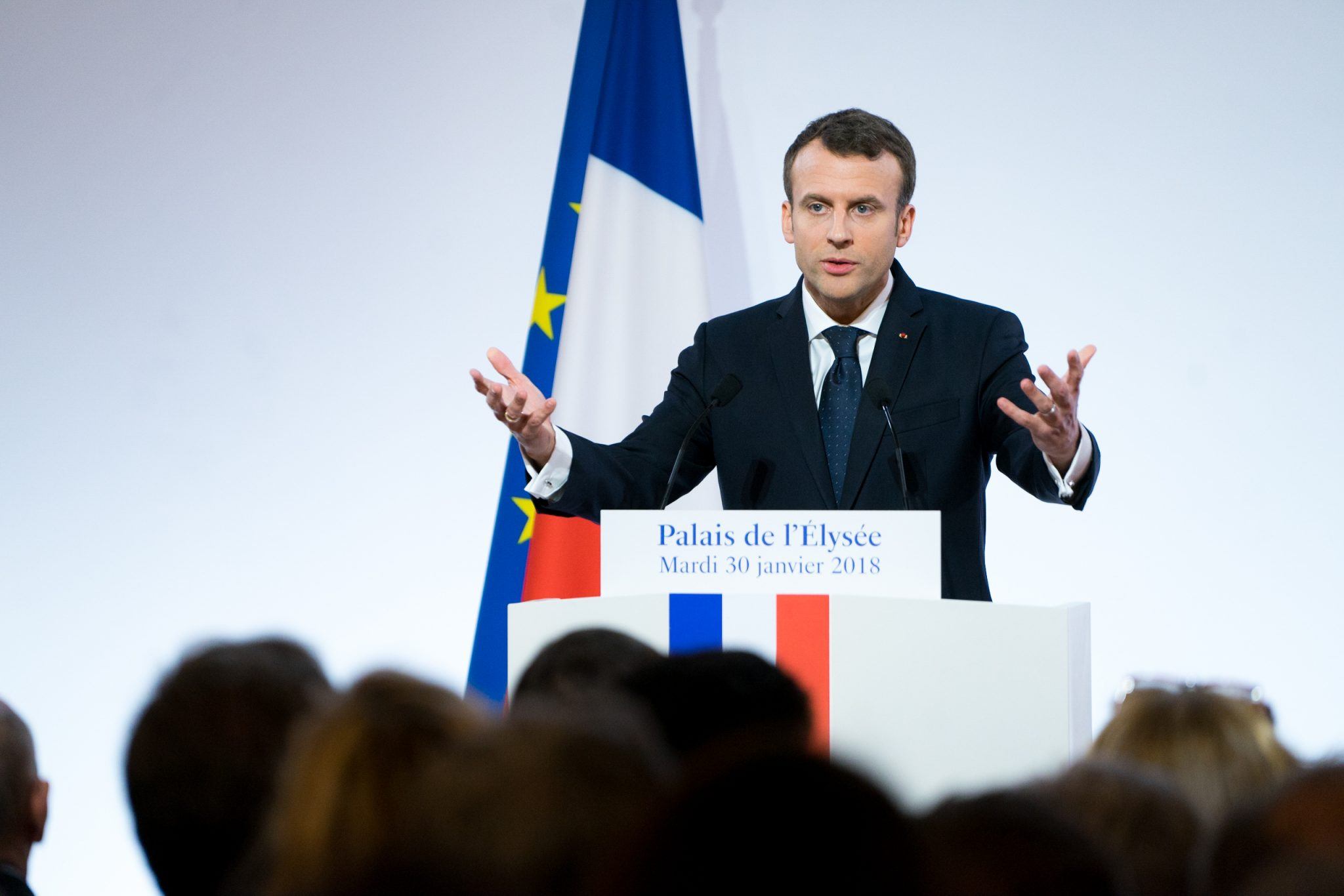 https://commons.wikimedia.org/wiki/File:Emmanuel_Macron_(32605283887).jpg