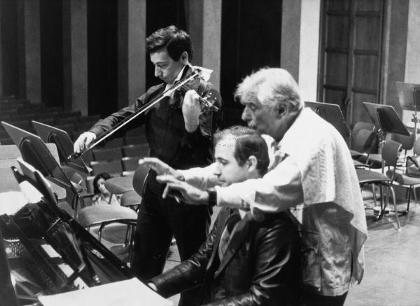 http://www.borisbekhterev.com/?q=en/image/v-spivakov-and-l-bernstein-munich